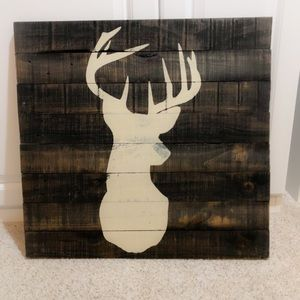 Deer Silhouette Painting On Reclaimed Pallet
